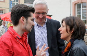 SPD-Chef Sven Teuber (links), hier mit OB-Kandidat Wolfram Leibe und Ministerpräsidentin Malu Dreyer, will nach seinem Kurzurlaub in die Verhandlungen einsteigen.