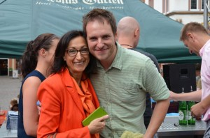 Glücklich: Alex und Jurorin und OB-Kandidatin Hiltrud Zock.