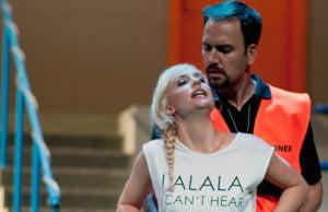 Sie gaben eine restlos überzeugende Vorstellung: Kristina Stanek als Carmen und Carlos Aguirre als Don José im Trierer Stadttheater.