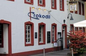 """Zehn Jahre lang betrieb Rolf Mayer das """"Krokodil"""" - jetzt zieht dort der """"Irish Pub"""" ein."""