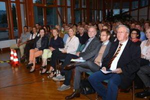 Begrüßung in Daun. Von rechts: Dr. Josef Zierden, Florian Illies, Dr. Jürgen Hardeck (Leiter Kultursommer Rheinland-Pfalz), Julia Klöckner (CDU-Chefin von Rheinland-Pfalz)