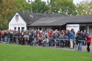 Mehr als 400 Besucher bildeten einen tollen Rahmen beim Erwin-Berg-Memorial. Foto: Günter Heidt