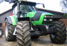 Traktor_Hof_ Reifen