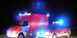 Rettungsdienst bei Nacht im Einsatz