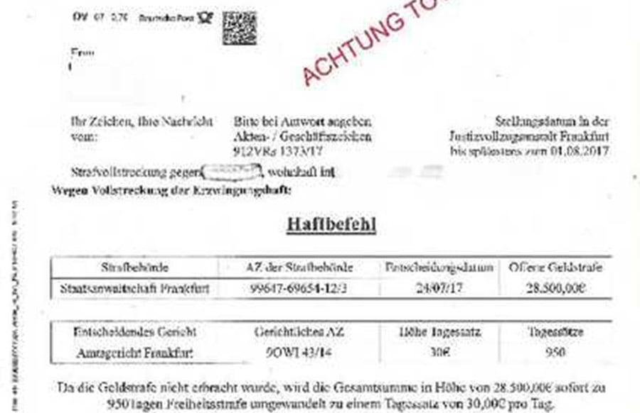 Betrüger Schicken 81 Jähriger Frau Gefälschten Haftbefehl