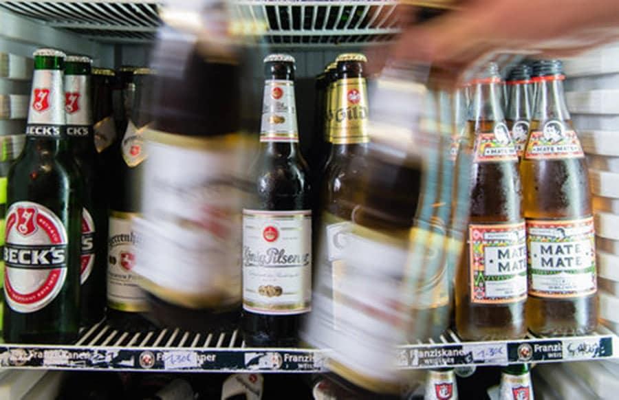 Bier wird teurer Brauereien kündigen Preiserhöhungen an - was dahintersteckt