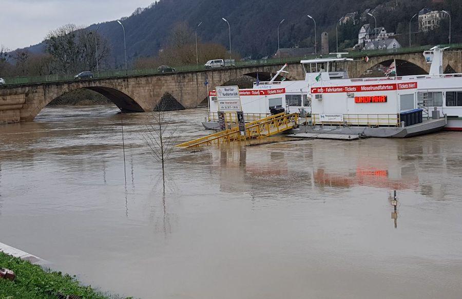 Hochwasser an Rhein und Mosel geht wieder zurück