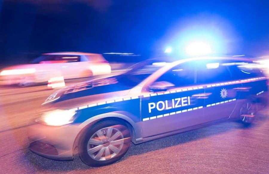 Tragischer Unfall: 22-jährige Polizistin stirbt bei Einsatzfahrt