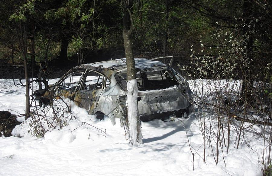 Nach Verkehrsunfall im Hunsrück: Pkw brennt aus