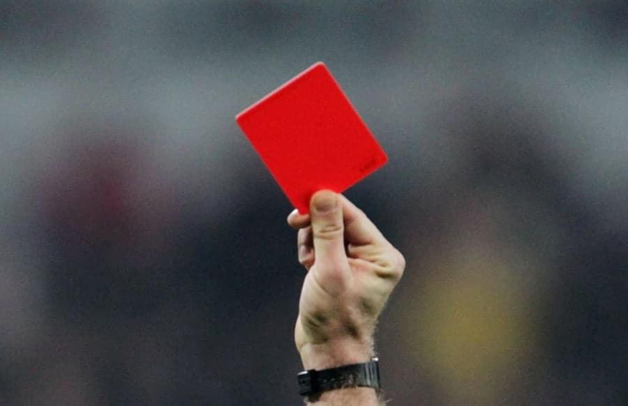 Spielabbruch Nach Attacke Gegen Linienrichter Lokalo De