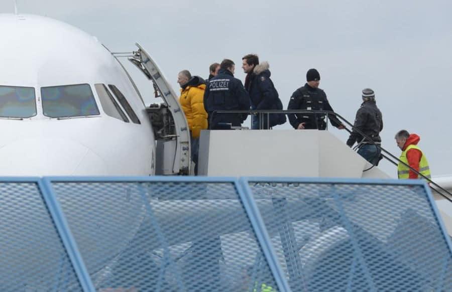 Bericht - Weitere IS-Anhängerin soll nach Deutschland abgeschoben werden