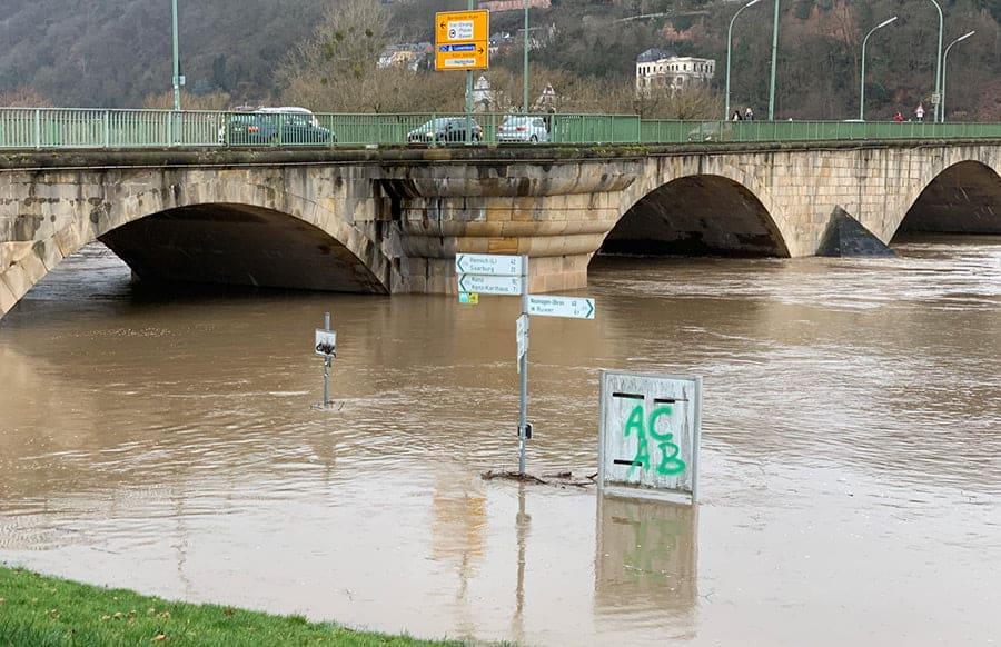 Hochwasser zell mosel