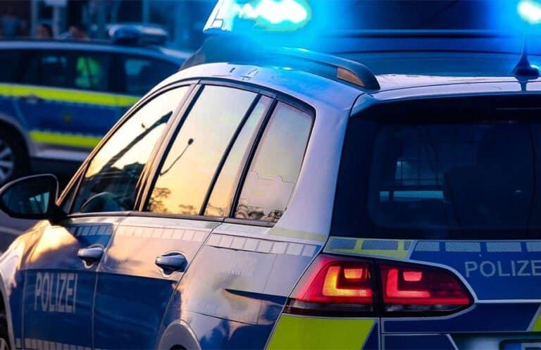 Raub auf Wittlicher Supermarktparkplatz: Täter springt in Fluchtfahrzeug – Zeugen verletzt