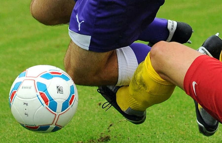 Gericht-Schmerzensgeld-f-r-brutales-Foul-im-Amateur-Fu-ball-ist-Ausnahme
